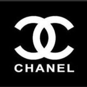 Do you love Chanel as much as me? GET ON THE LIST!